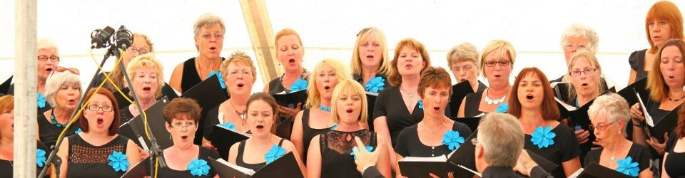 teignmouthsings02.jpg