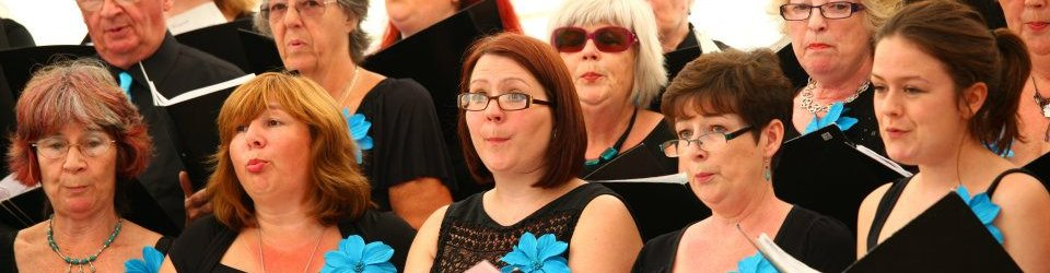 teignmouthsings03.jpg