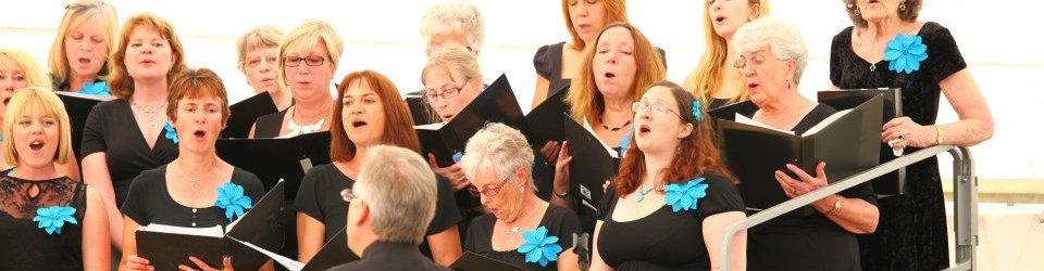 teignmouthsings04.jpg