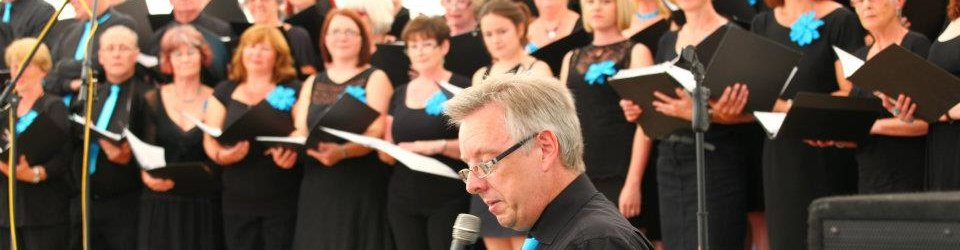 teignmouthsings08.jpg